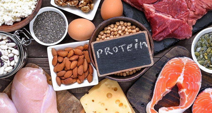 Plateau de viandes maigres, céréales,  fromage, légumes sec, saumon